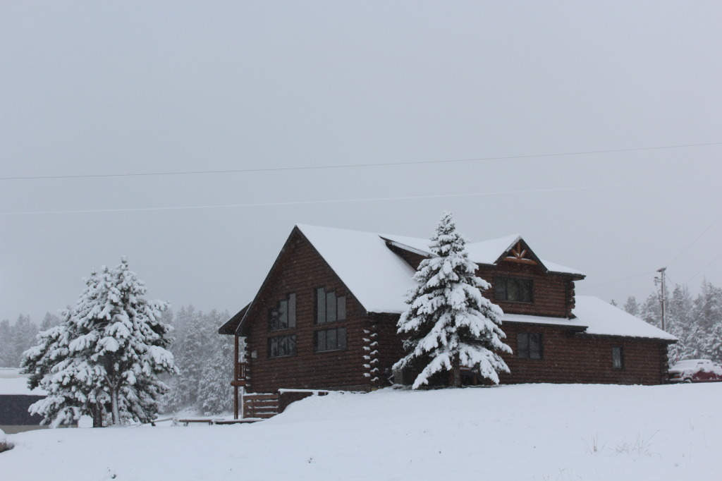 """Creekside Mountain Resort"" Owner's Cabin"